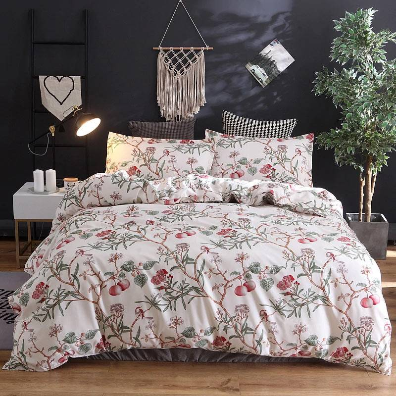 Persica floral duvet cover with birds