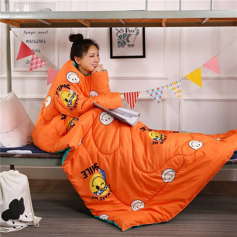 New Winter Comforters Lazy Quilt with Sleeves with Orange Smile